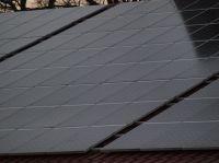 hallendach_mit_solaranlage_P3126396