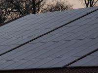 hallendach_mit_solaranlage_P3126397